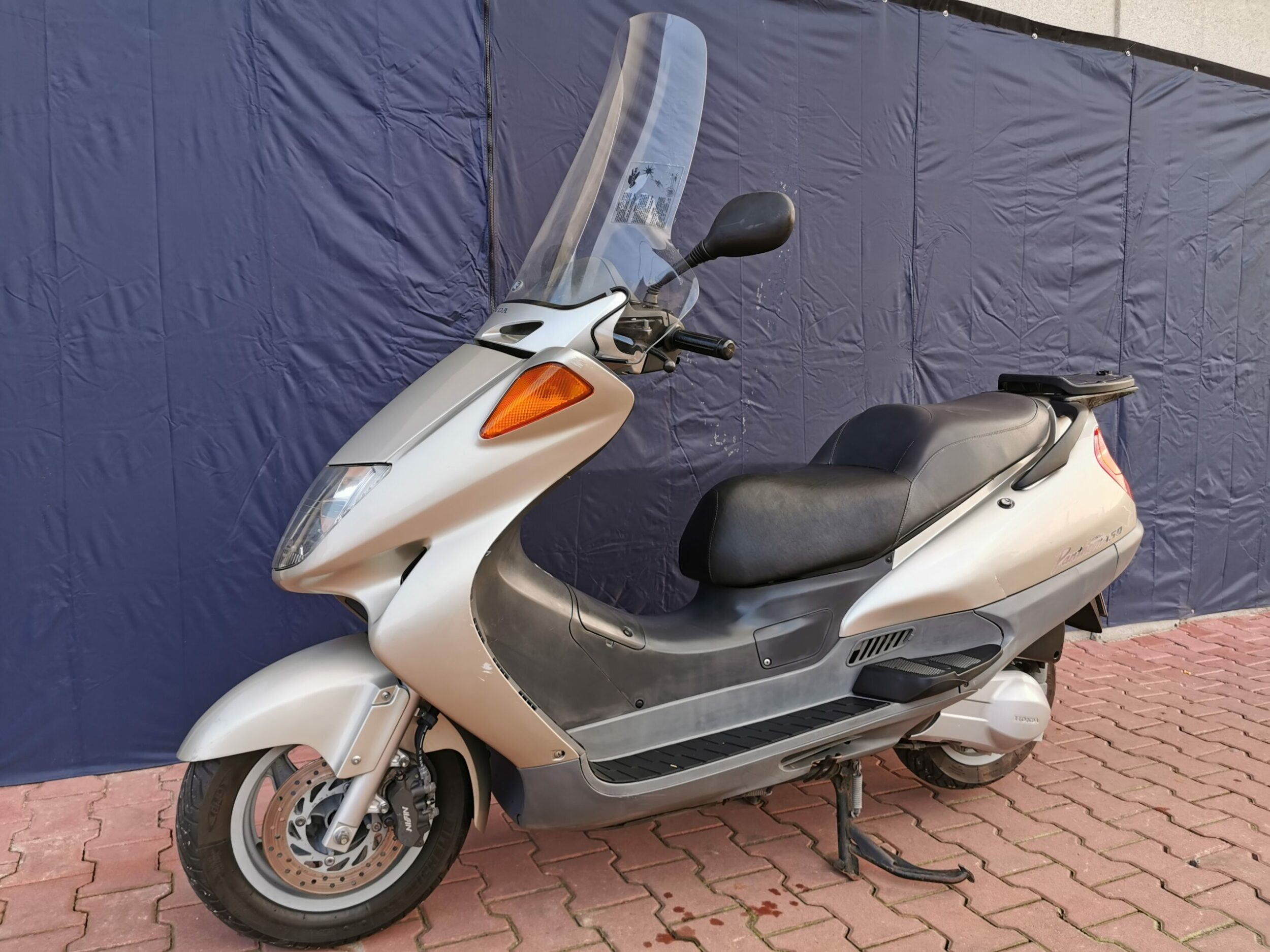 Honda Pantheon 2T