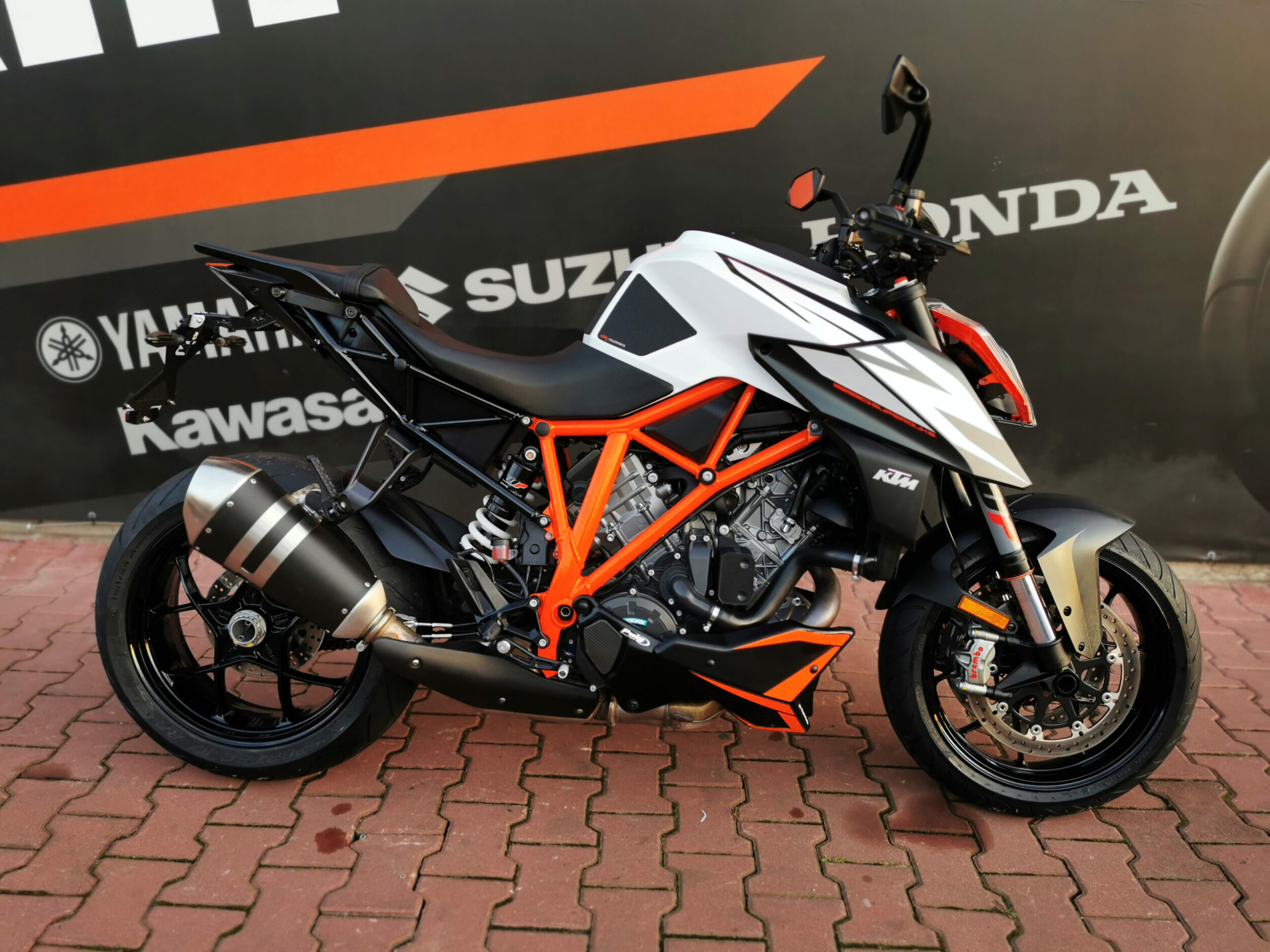 Read more about the article KTM SuperDuke 1290