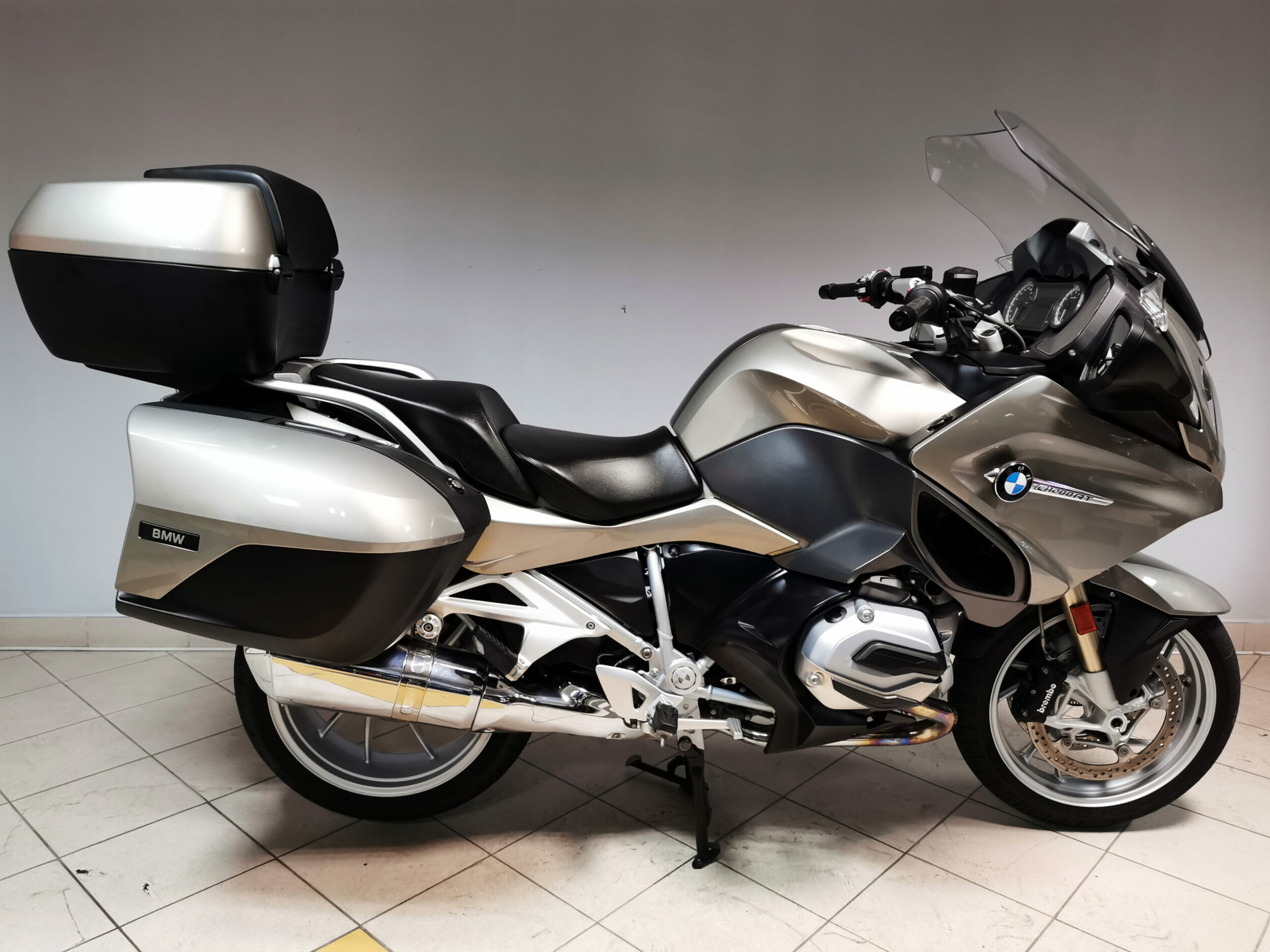 Read more about the article BMW R 1200 RT